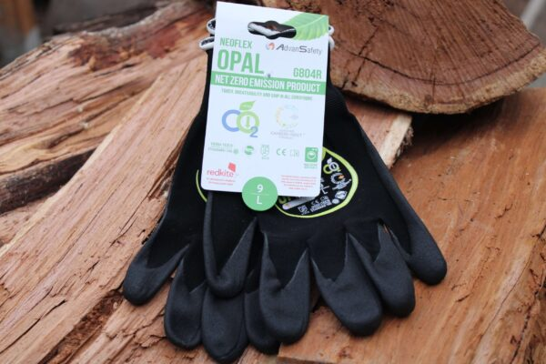 Neoflex gloves Large on a wooden stack